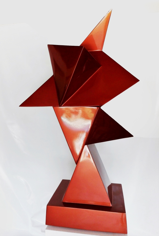 ILSE ORTIZ DE MANZANARES, CUBIST SIMULTAINETY, CUBISMO SIMULTÁNEO, side view, LACQUERED SOFT IRON, HEIGHT166 CM. X WIDTH and DEPTH 98 x 71 CM. BASE 58 X54 CM. 2017